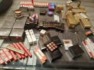 Myglamm Free Product Loot Proof